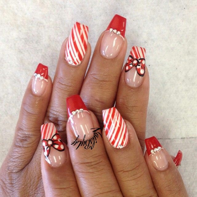 Fly christmas coffin nails , New Expression Nails
