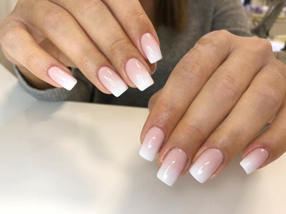 French ombre gel nails - Expression Nails