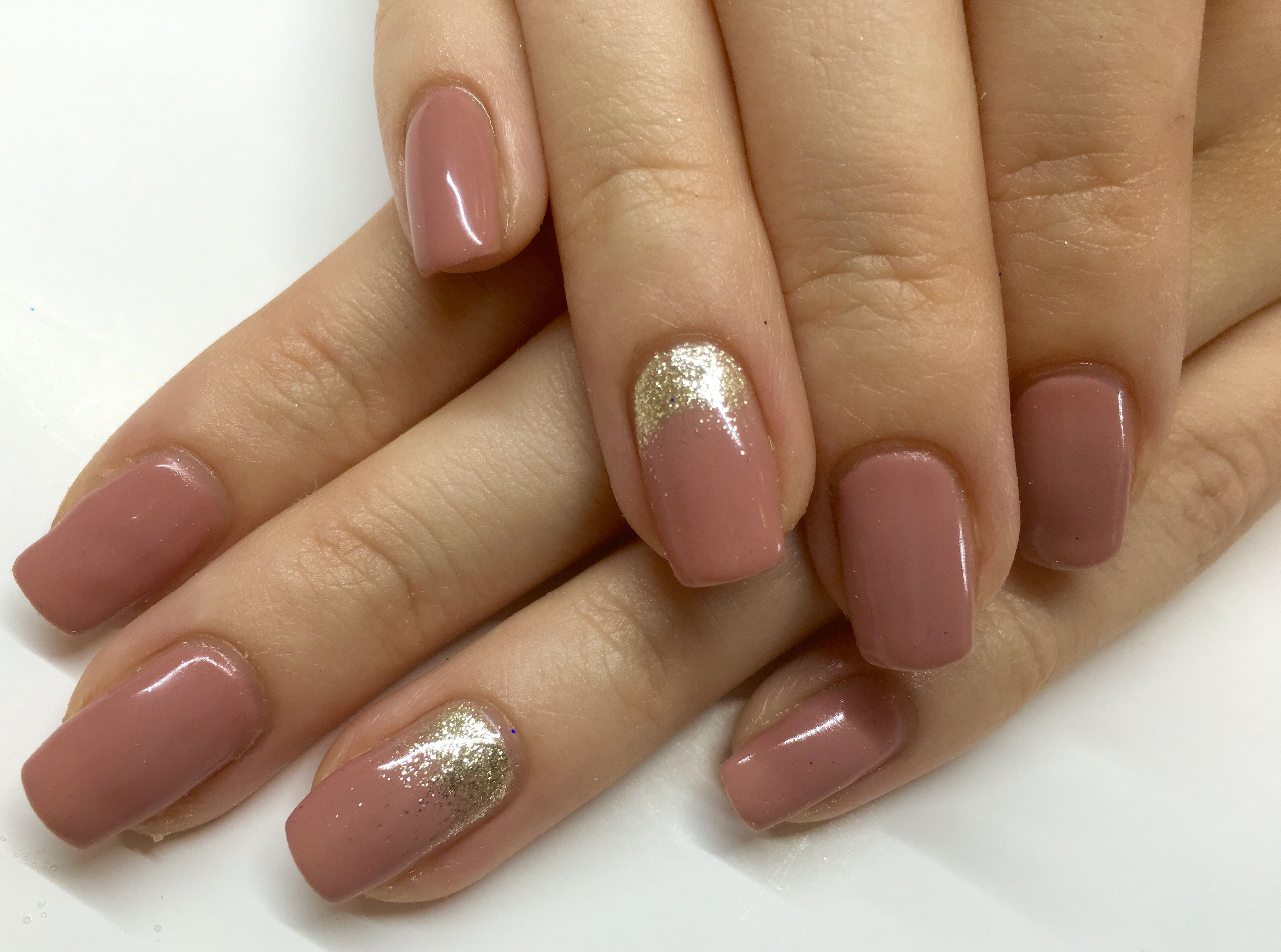 gel manicure on natural nails photo - 2