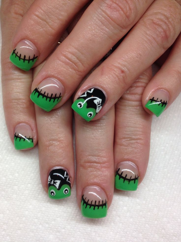 gel nails and halloween photo - 2