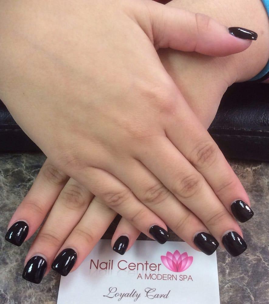 gel nails at salon photo - 2