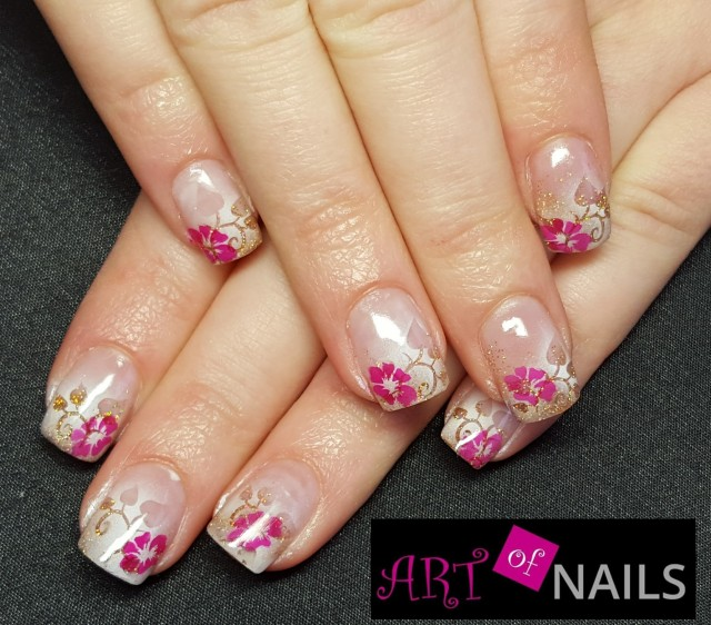gel nails during pregnancy photo - 2