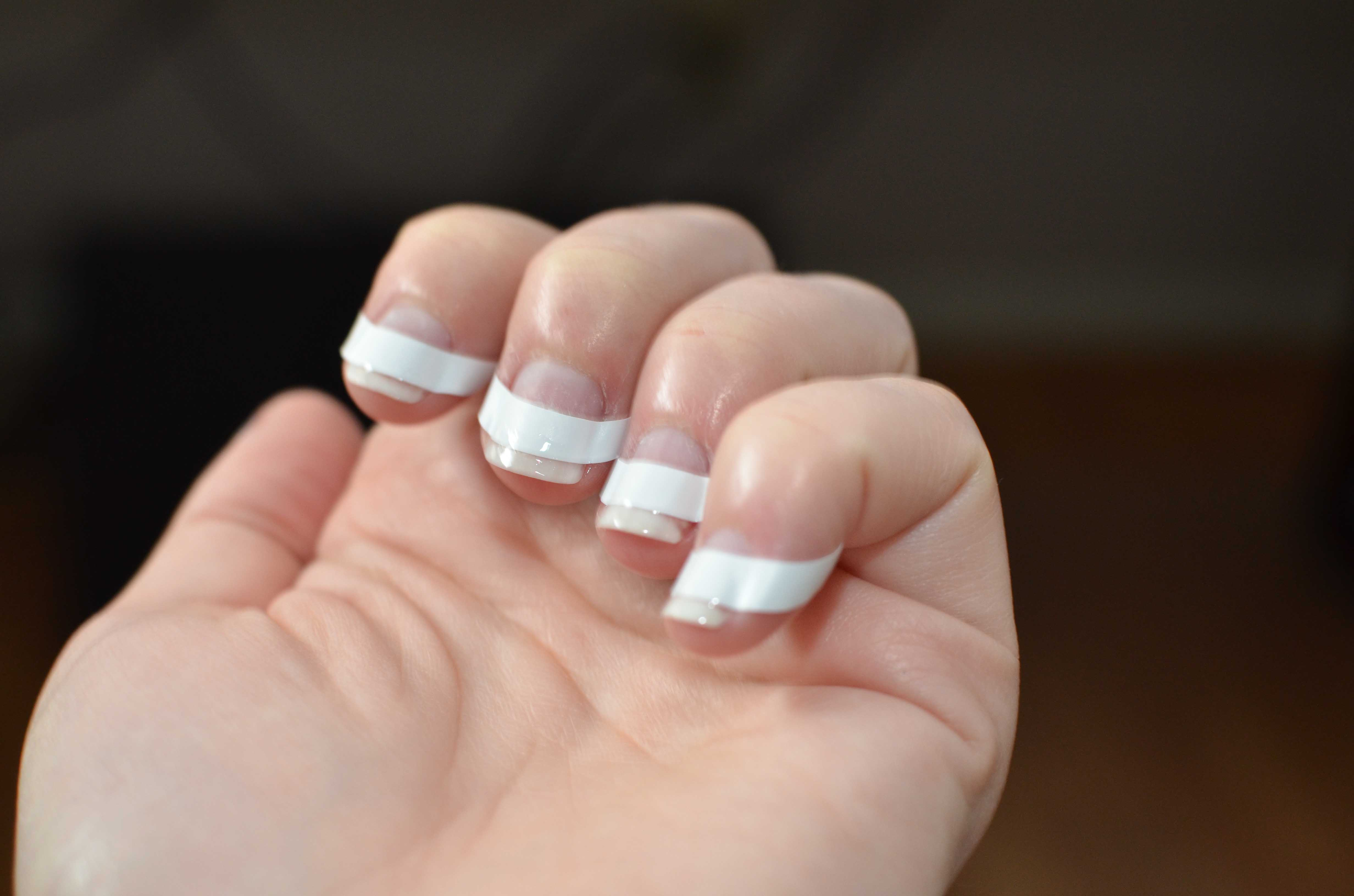 gel nails french tip photo - 1