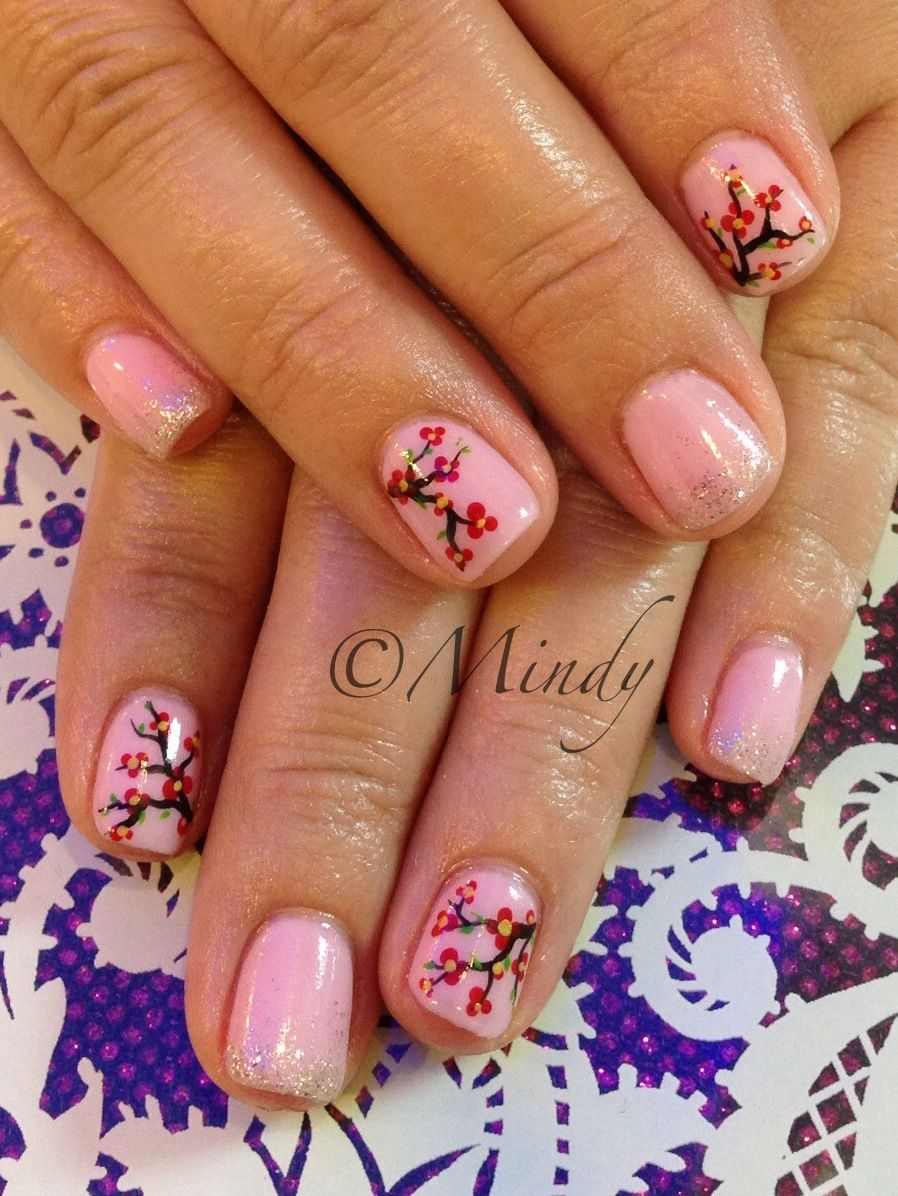 gel nails in chinese photo - 2