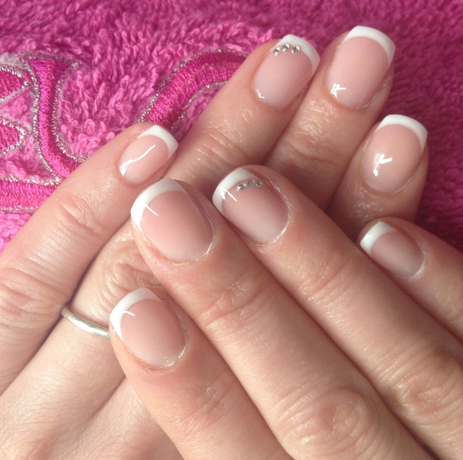 gel overlay on real nails photo - 2