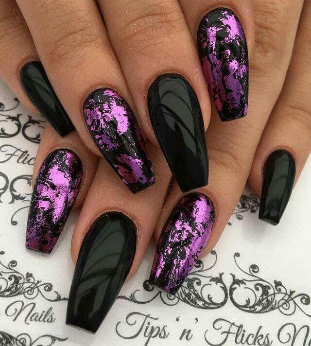 goth glitter pink and black stiletto nails photo - 1