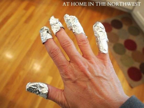 how long to soak gel nails photo - 2