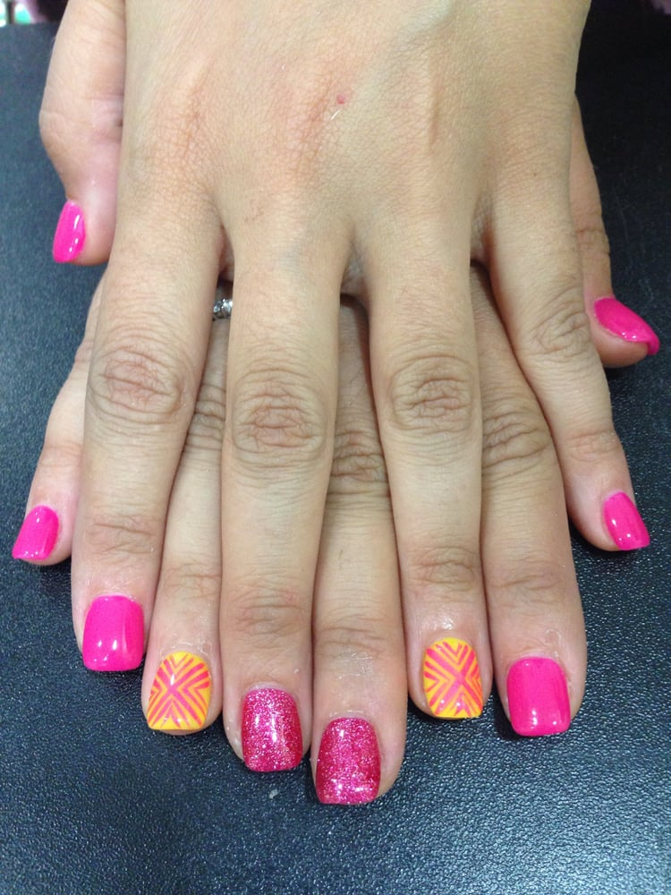 how much does it typically cost to fill acrylic nails photo - 1