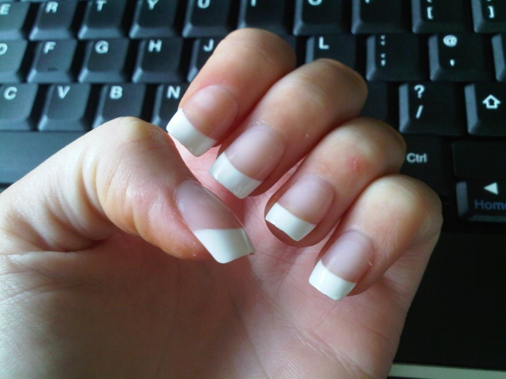 How much is it for gel nails - Expression Nails