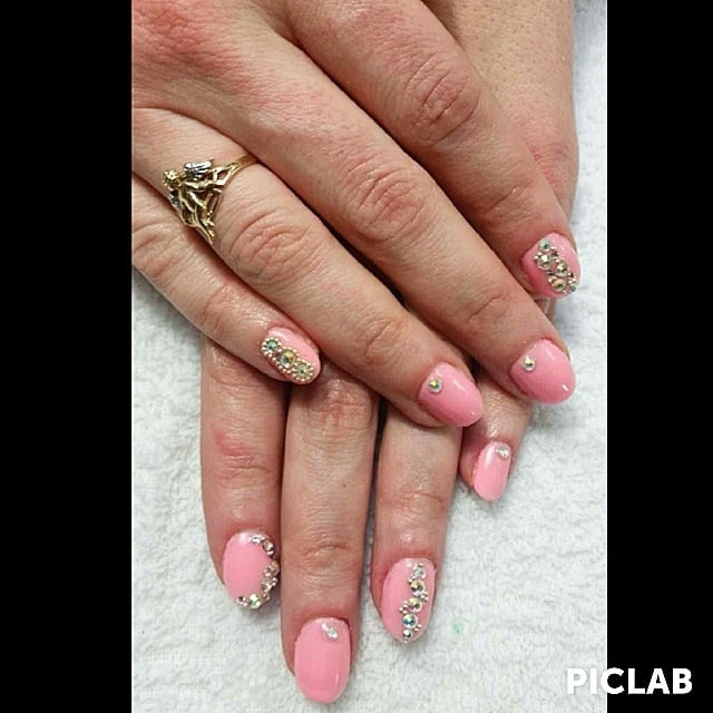 how to add rhinestones to gel nails at home photo - 1
