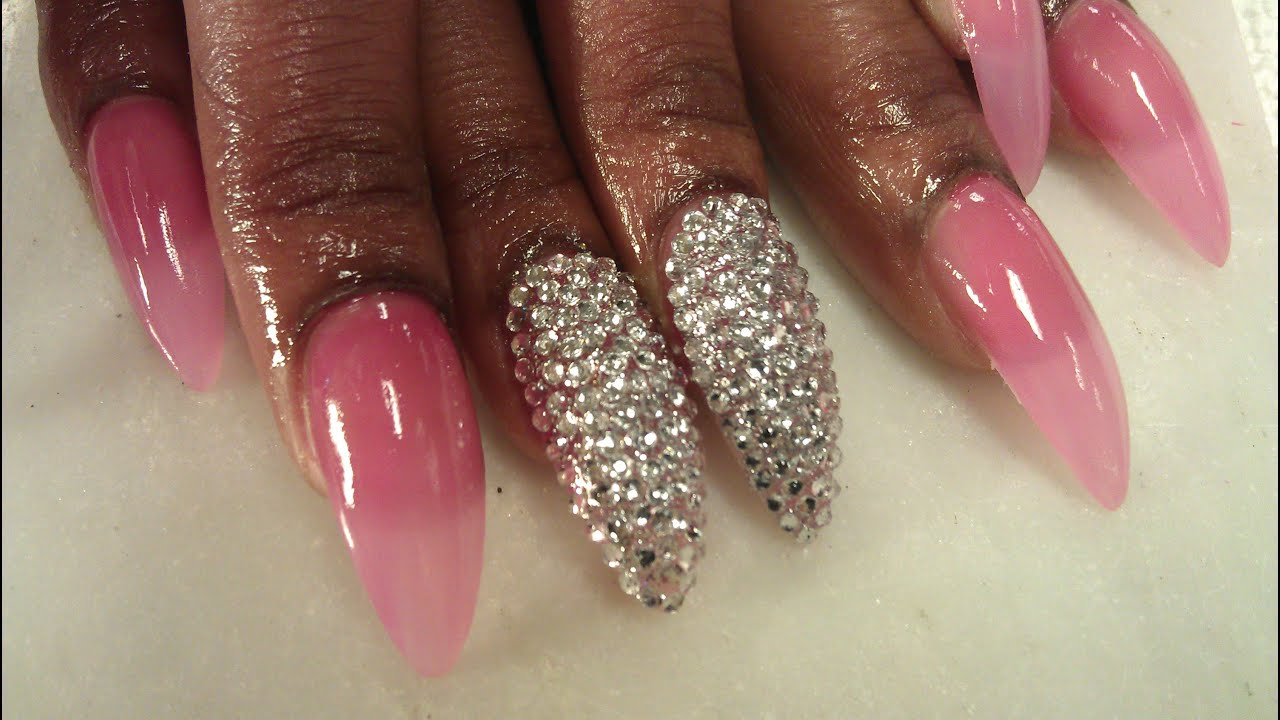 how to live with stiletto nails photo - 1