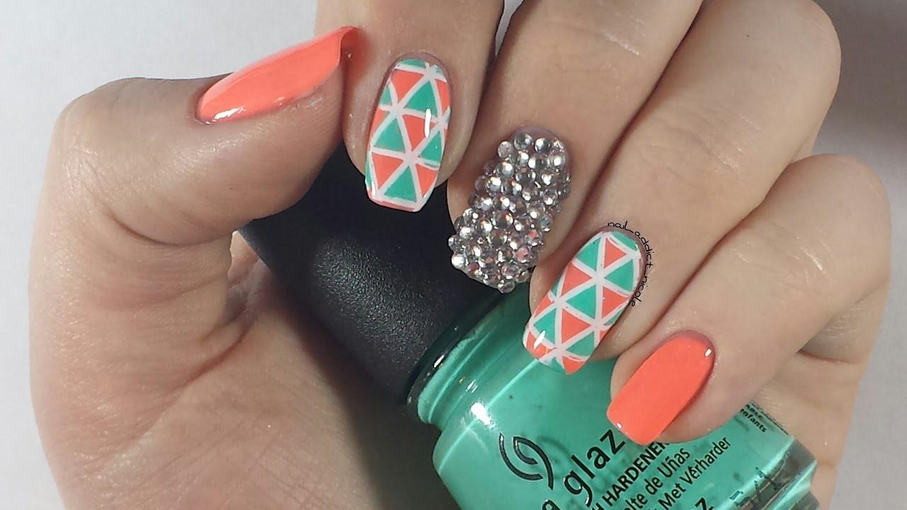 how to stick rhinestone on gel nails photo - 1