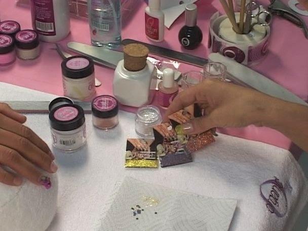 items needed to do acrylic nails photo - 1
