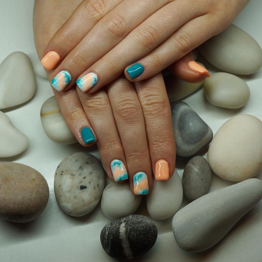 light peach acrylic nails photo - 1