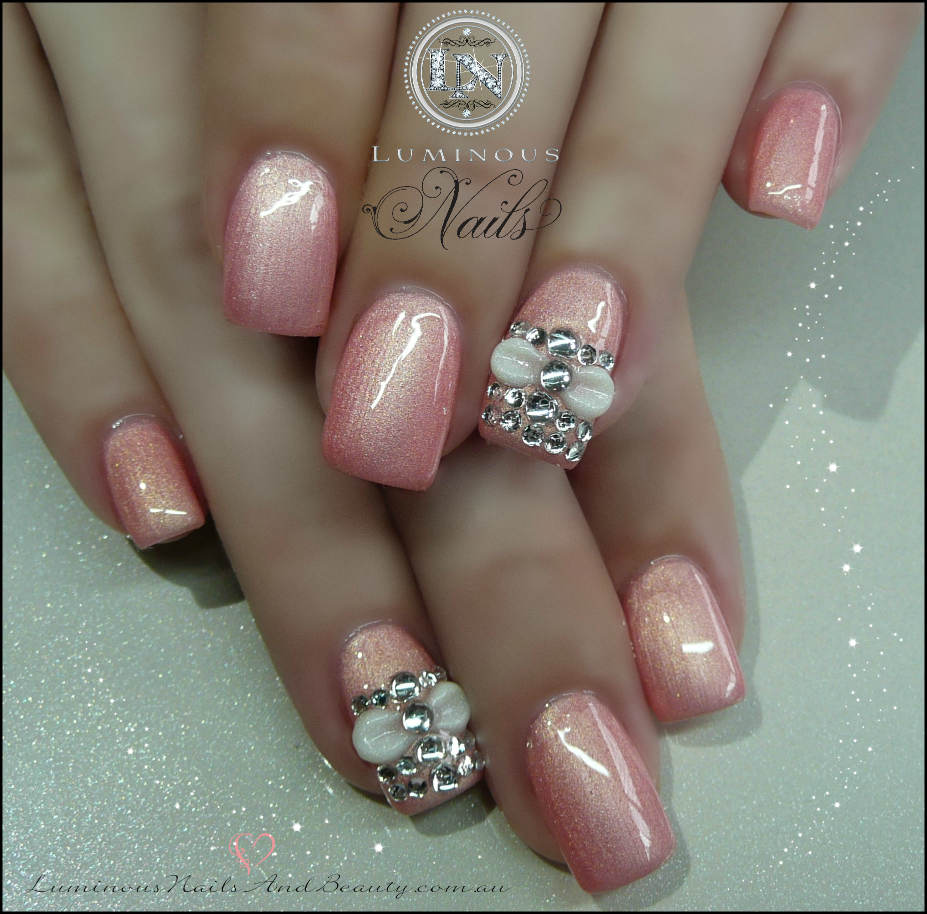 light pearl pink gel nails photo - 1