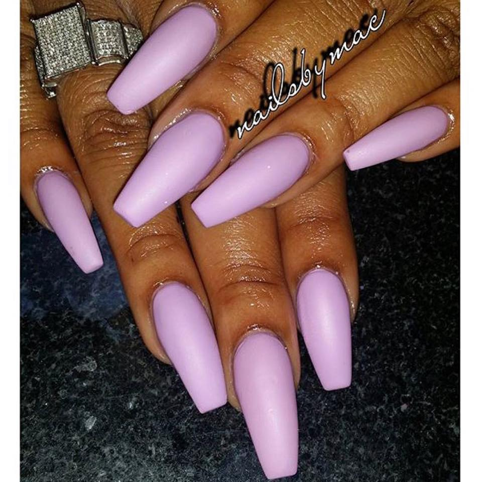 Light Purple Acrylic Nails Photo