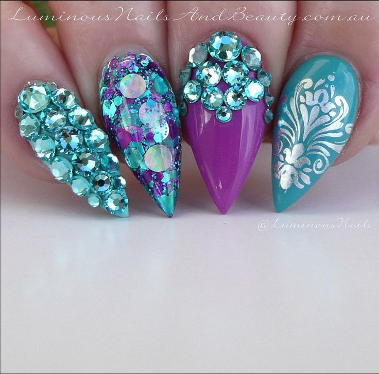light purple with teal acrylic nails photo - 2