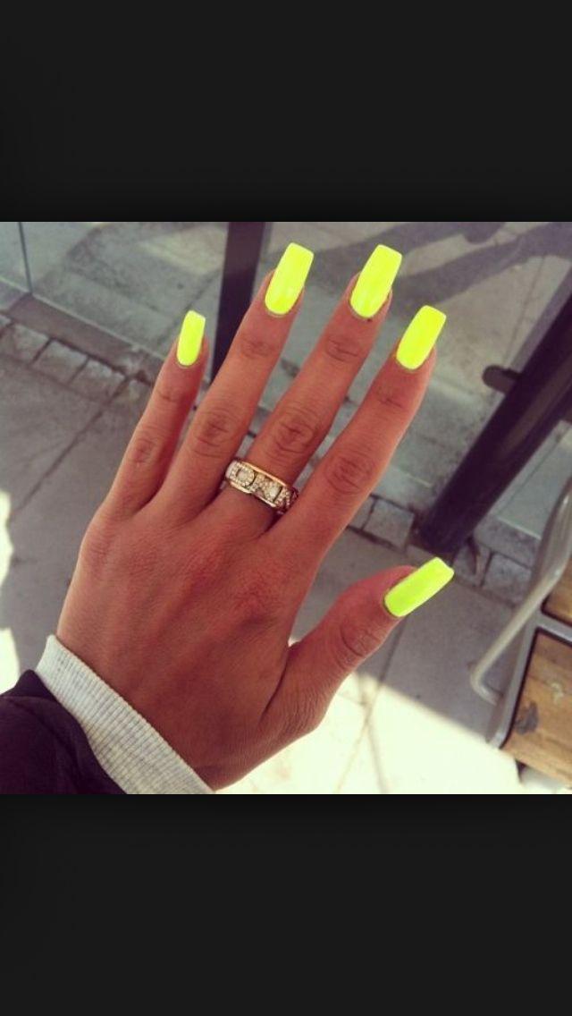 Lime green acrylic nails - Expression Nails