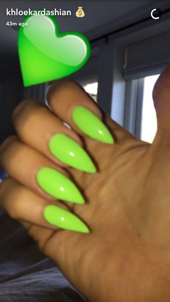lime green stiletto nails photo - 1