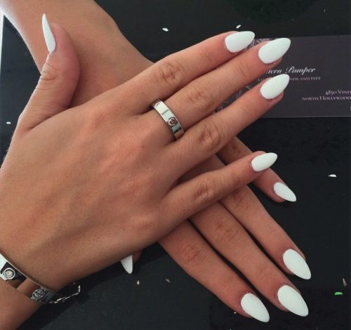 long almond shaped acrylic nails photo - 2
