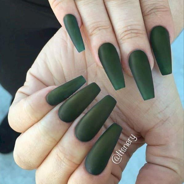matte black acrylic nails photo - 2