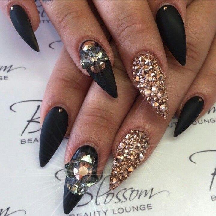 matte black stiletto nails jewel photo - 1