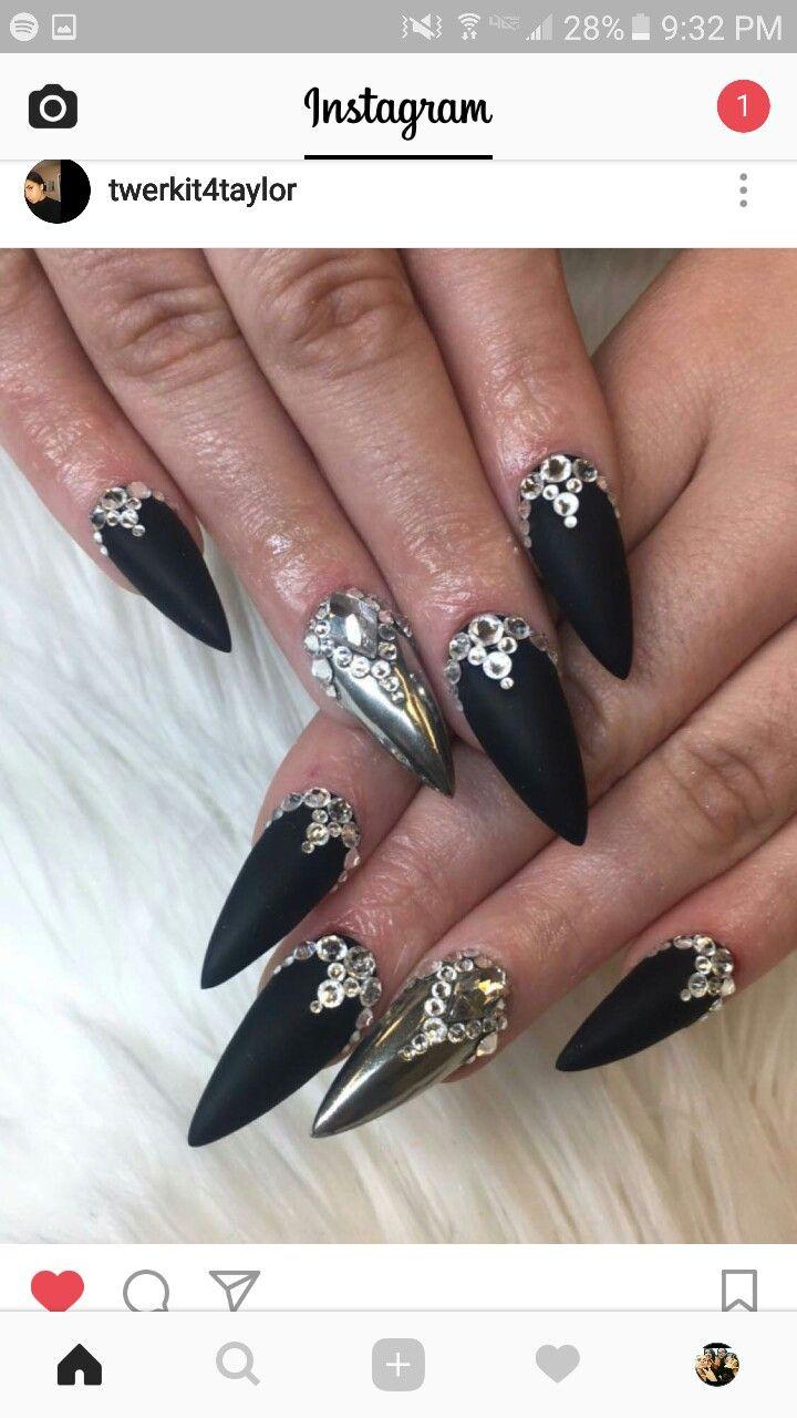 matte black stiletto nails jewel photo - 2