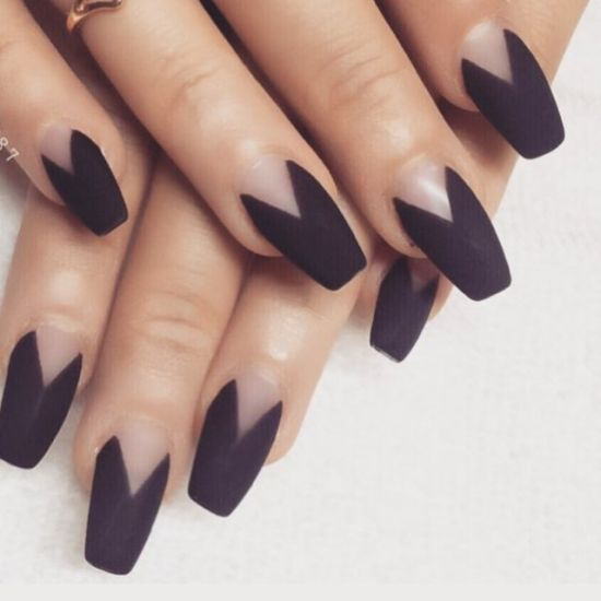 matte coffin shaped nails photo - 2