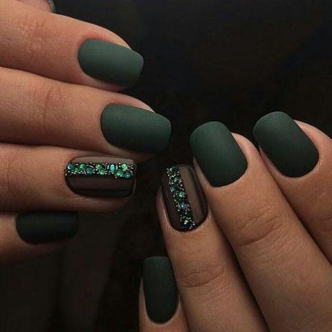 matte dark green acrylic nails photo - 2
