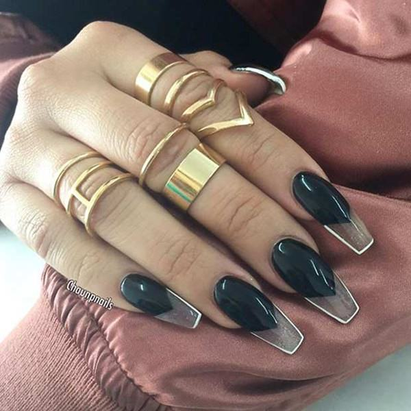 nails coffin photo - 2