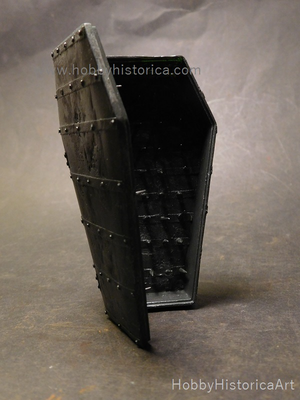 nails spiked coffin torture device photo - 1