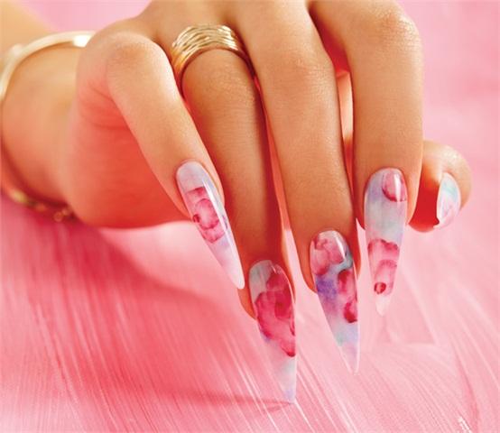 Natural Pink Acrylic Nails Photo 3