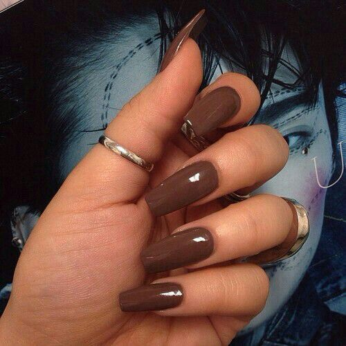nude brown coffin nails photo - 1