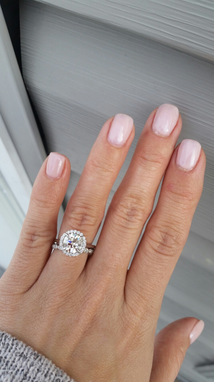nude color gel nails photo - 2
