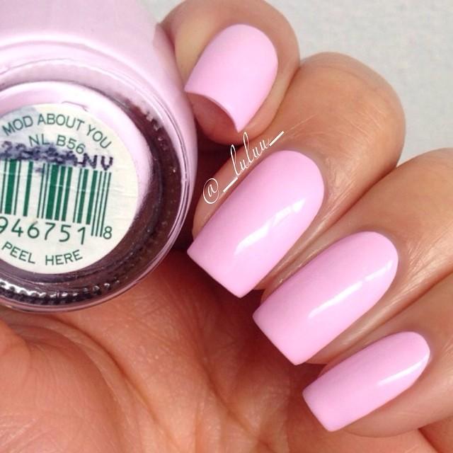 pink acrylic nails photo - 1