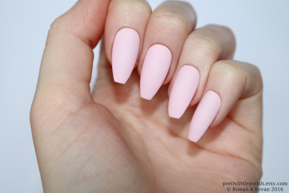 pink acrylic nails coffin photo - 1