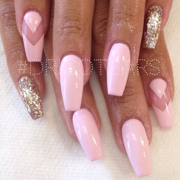 pink and gold coffin nails photo - 2
