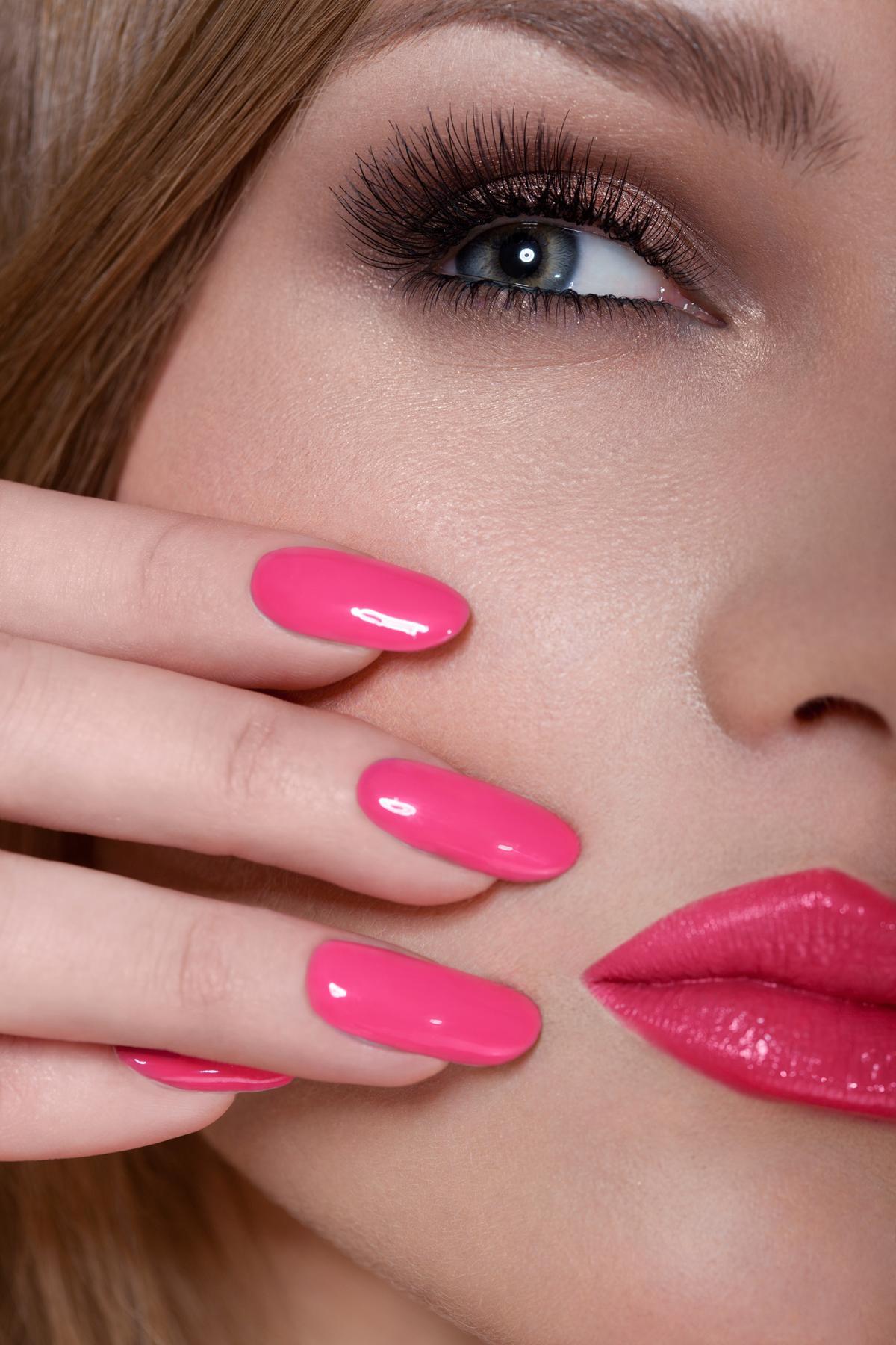 pink gel acrylic nails photo - 1