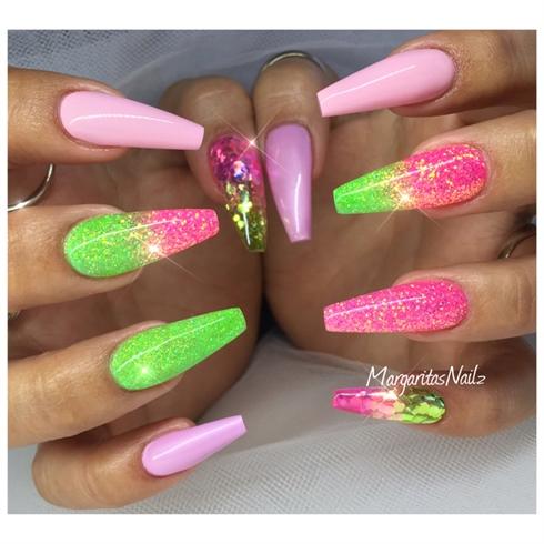 pink glitter nails coffin photo - 2
