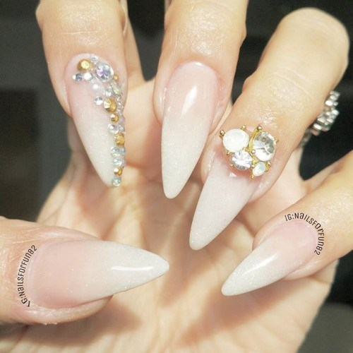 pink ombre stiletto nails photo - 2