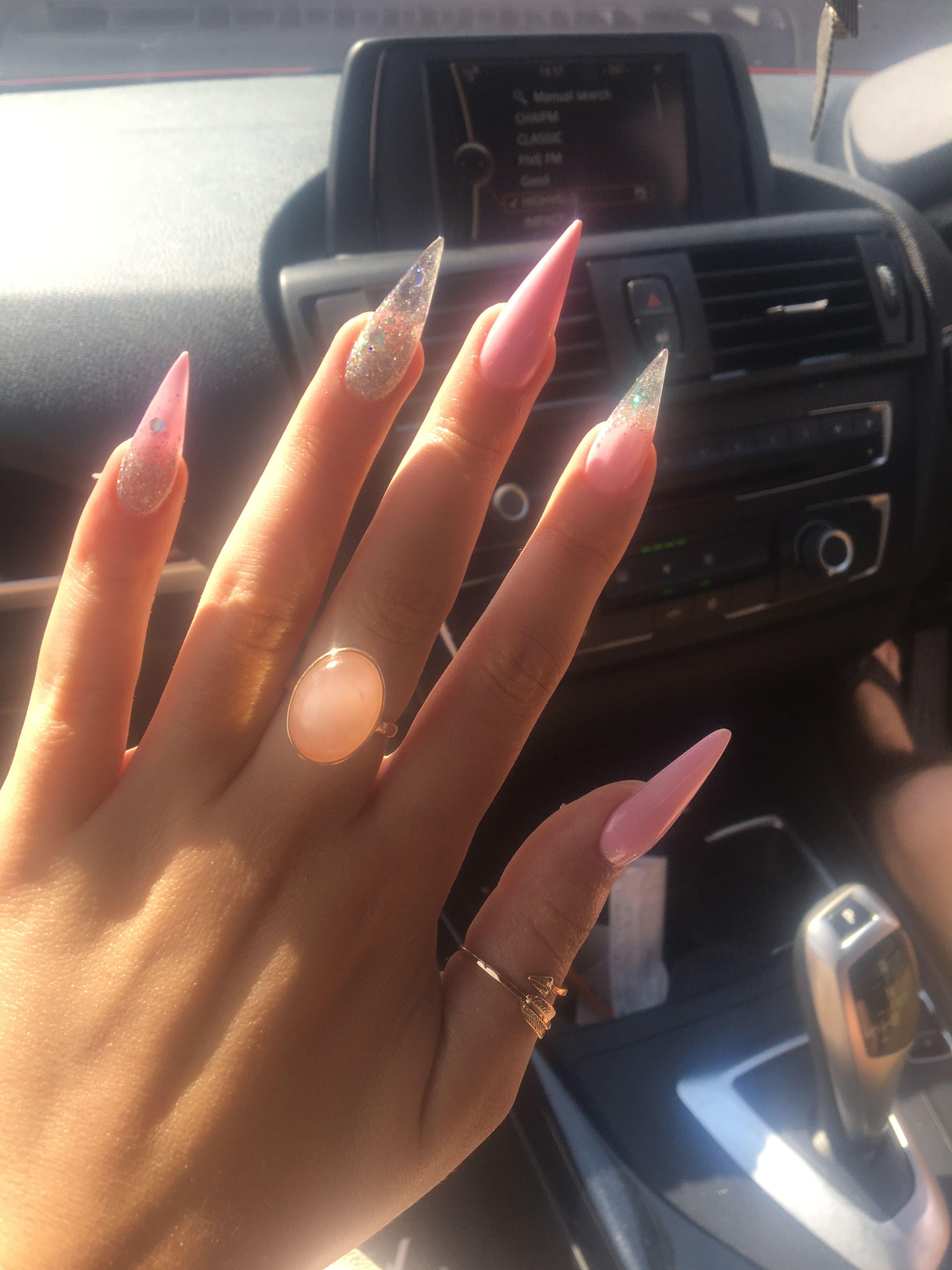 places that do stiletto nails photo - 1
