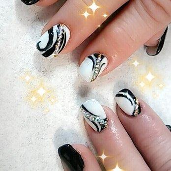 places that do stiletto nails photo - 2