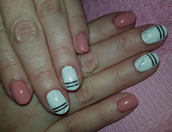 powder gel nails marble effect photo - 2