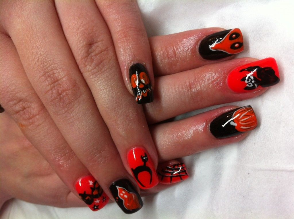 red matte acrylic nails photo - 2
