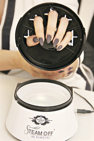 remove gel nails with steam photo - 2