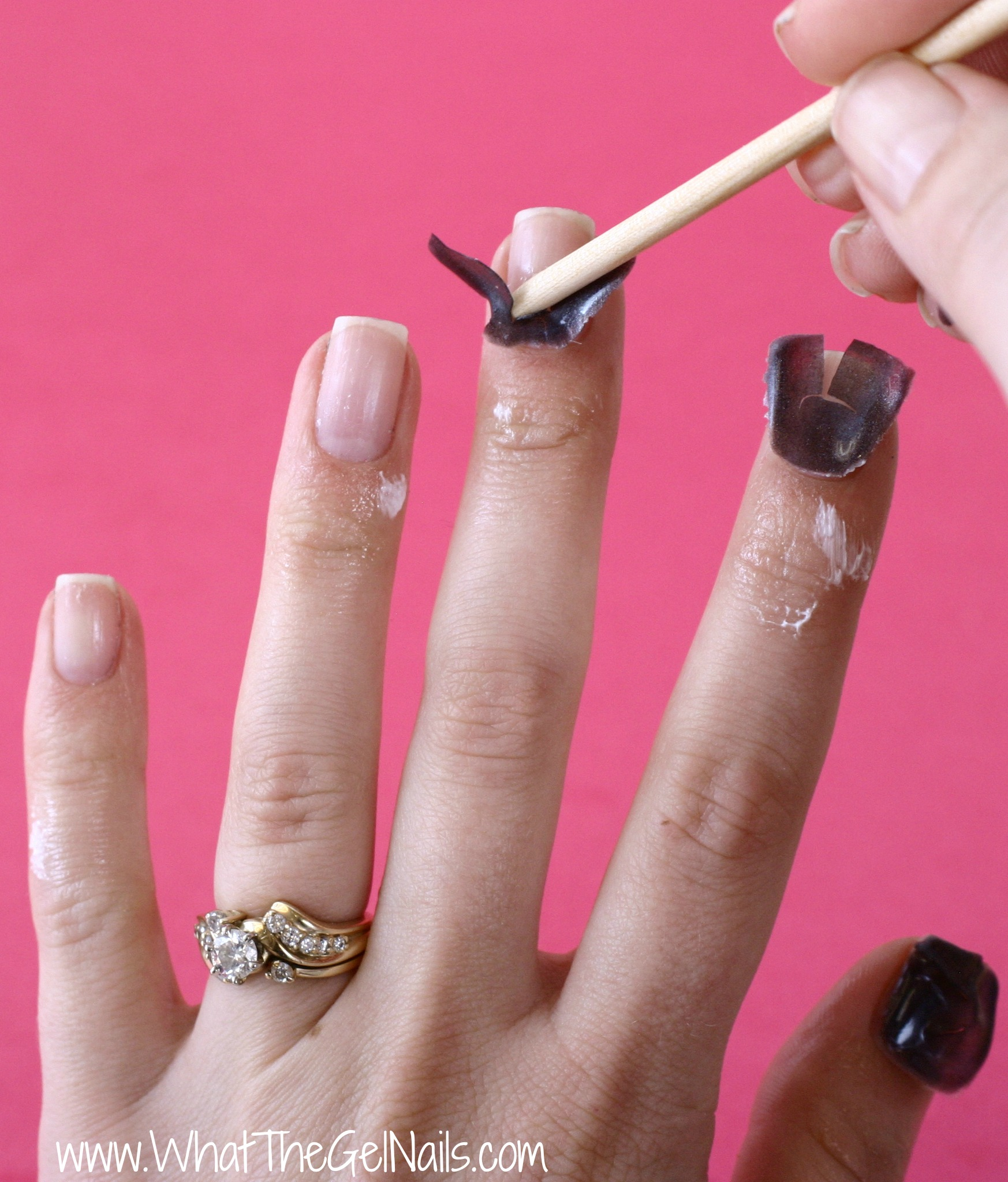 Removing gel nails - Expression Nails