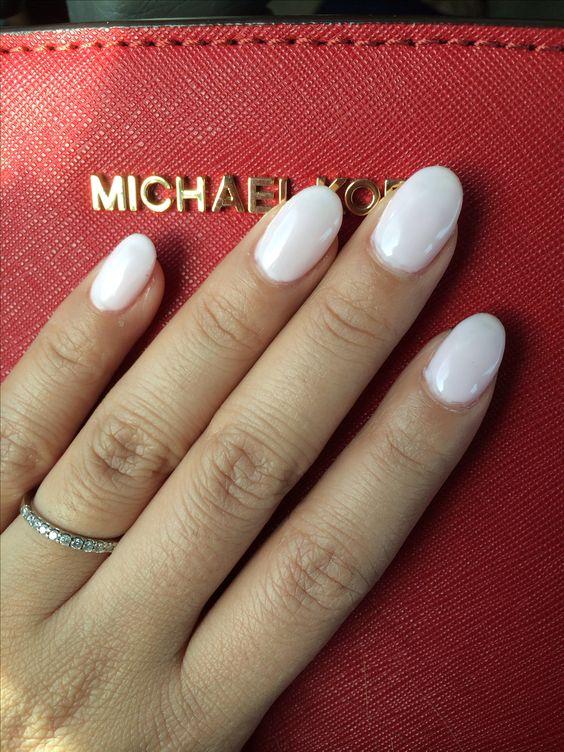 round acrylic nails blush photo - 2