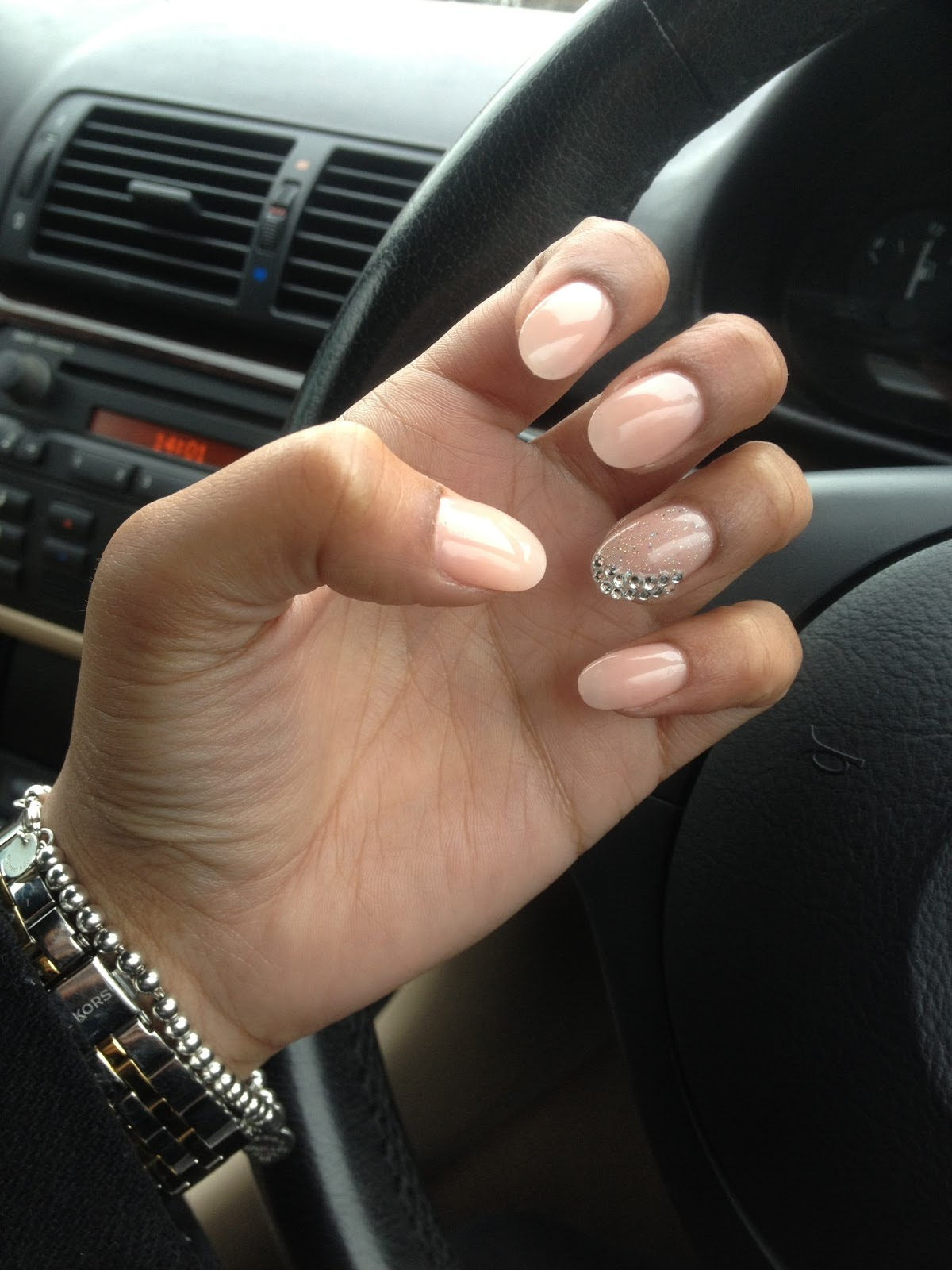 round stiletto nails photo - 2