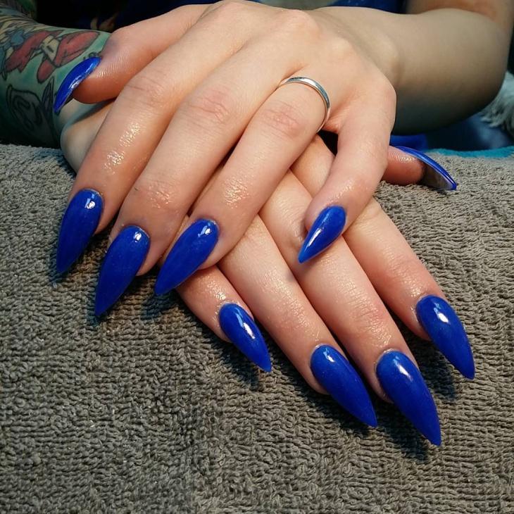 royal blue stiletto nails photo - 2