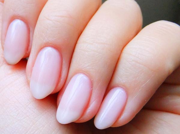 short almond vs round acrylic nails photo - 1